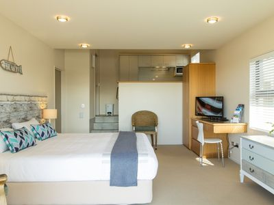 Photo for Tapeka View Apartment
