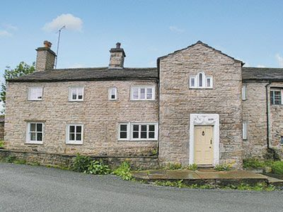 Photo for 4 bedroom accommodation in Gayle, near Hawes
