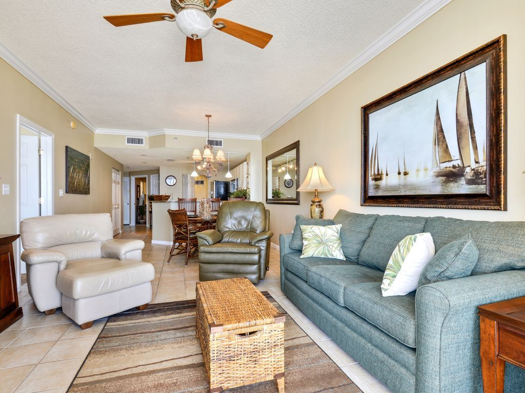 Newly Decorated Beach Club A807 King/Queen/... - VRBO
