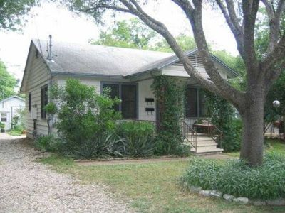 Photo for Charming Zilker Bungalow