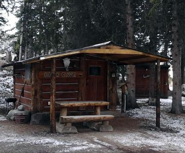 Photo for The Bear Cave Cabin at Beartooth Lodge close to Yellowstone National Park