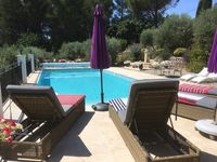 A superb, well equipped apartment in the idyllic Provençal countryside