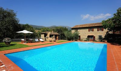 Photo for Beautiful stone farmhouse 800, apartment 7 places with pool and park