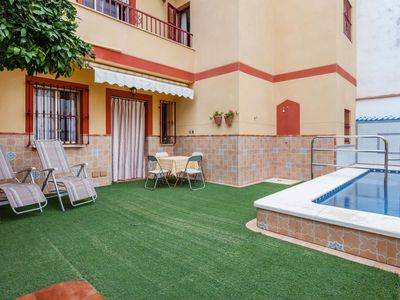 Photo for Cosy apartment for 6 guests with A/C, private pool, WIFI and TV