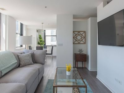 Photo for Domio | Loop | Architectural 3BR Penthouse