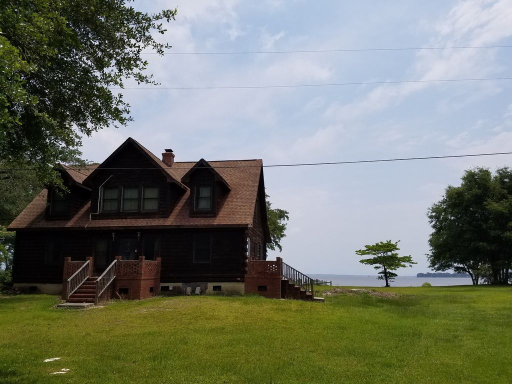 Crystal coast cabin retreat vrbo for Croatan national forest cabins