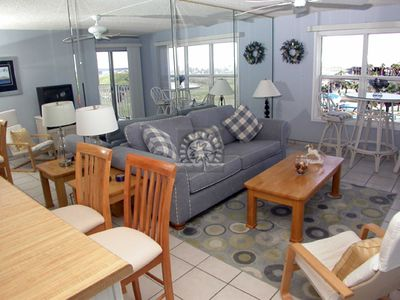 Photo for Gulfview II 509 - Intimate Condo Just Steps from the Beach, Large Pool, 2 Hot Tubs, Next to Isla Blanca Waterpark!