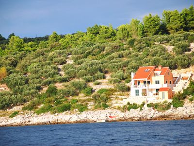 Photo for Peaceful beach-front 2-bedroom apartment on Korcula Island