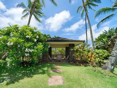 Photo for Beachfront home with 3 bedrooms on Kaua's white sandy beach!