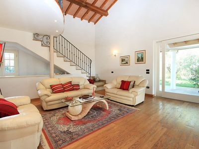 Photo for Vacation home Verde in Forte dei Marmi - 8 persons, 6 bedrooms