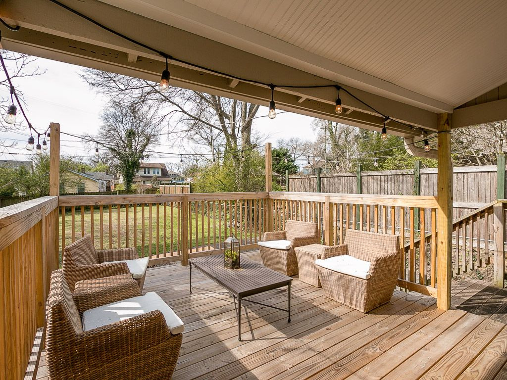 Newly Renovated 2BR w/ Private Deck, Walk t... - VRBO