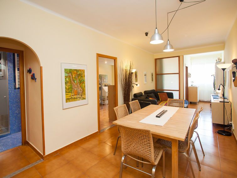 Appartement eixample dret sardenya casp barcelone for Appart hotel 5 personnes barcelone