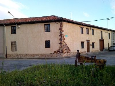 Photo for 2BR Cottage Vacation Rental in Benavides, León