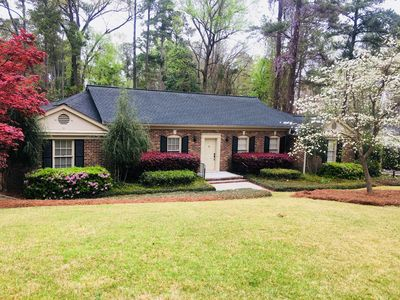 Photo for Charming Rental Minutes Away from Masters- Waverly Subdivision