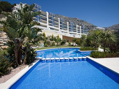 Photo for 3 bedroom Apartment, sleeps 6 in Altea la Vella with Pool, Air Con and WiFi