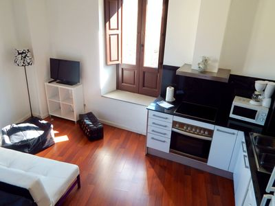 Photo for Spacious apartment in Old Quarter of Girona | option parking