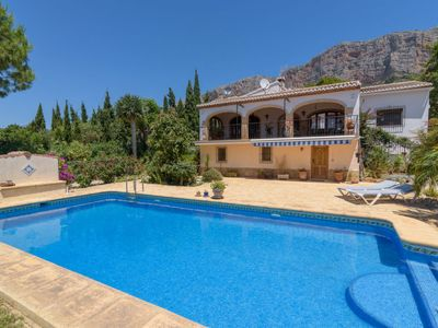Photo for 3 bedroom Villa, sleeps 6 in Santa Lucía with Pool, Air Con and WiFi