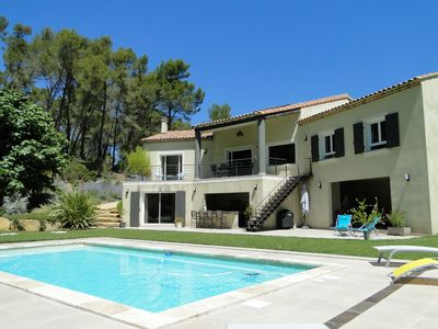 Photo for Large contemporary villa with pool, between Aix-En-Provence and Marseille