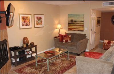 Photo for Fully Furnished 2 Bedroom 2 Bath Foothills Condo, Great Views