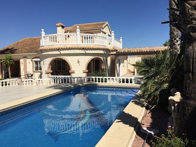 Photo for Villa 7 persons with private pool and beautifully cared for garden in Santa Pola