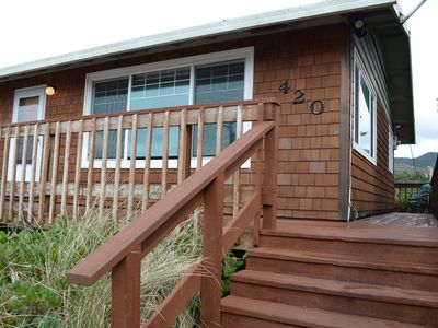 Photo for Rent 7,1 FREE!Oceanview,steps to beach.Cozy w/fireplace.Small family/2 couples.