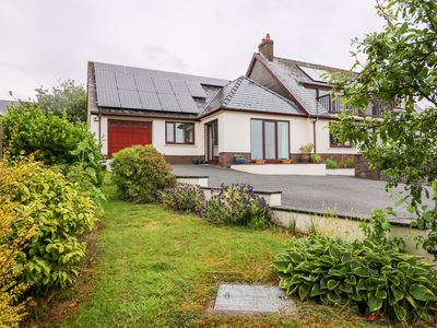 Photo for SWN Y MOR, character holiday cottage in Freshwater East, Ref 1013279