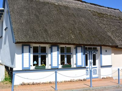 Photo for Very beautiful thatched fisherman's house in Kamminke on the island Usedom.