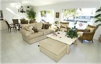 Upscale Beautiful Duplex W/Pvt.Pool/Cabana Club & Inch Beach !