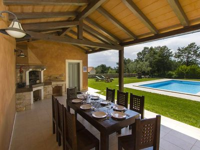 Photo for Beautifull villa with heated private pool and a game room
