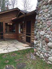Family-friendly Northwoods Cottage & Guest House On Beautiful Crystal Lake