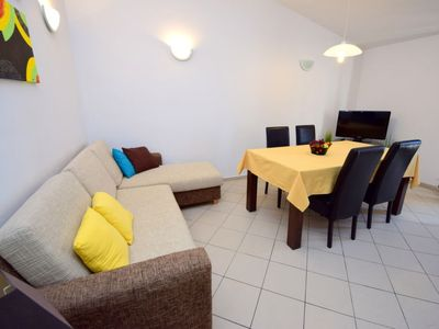 Photo for Apartment Villa Pinia in Trogir/Okrug Gornji - 4 persons, 1 bedrooms