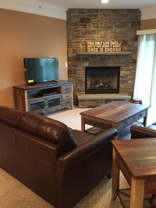 Photo for Desirable Forest Ridge 3BR, 2BA newly furnished mountain retreat