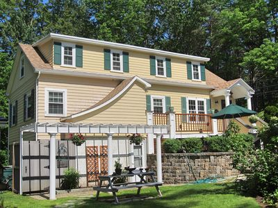 Photo for 4 Bedroom Updated & Beautifully Decorated Home