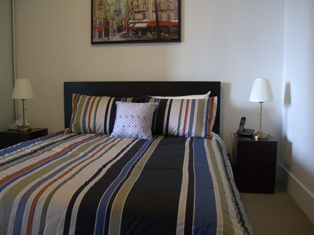 Luxuriously Furnished 1 bed room   downtown Toronto