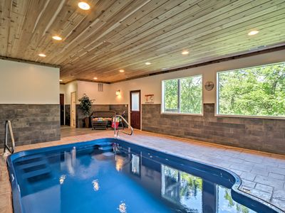 Photo for 2BR Pigeon Forge Cabin w/Indoor Pool!