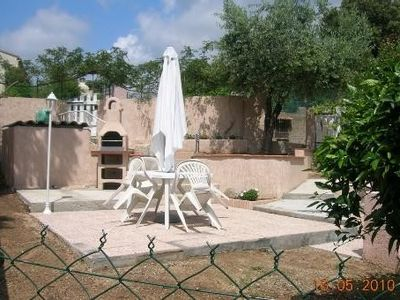 Photo for 5 mn from Ajaccio, self-catering apartment in villa