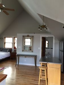 Photo for Sunny Carriage House Loft