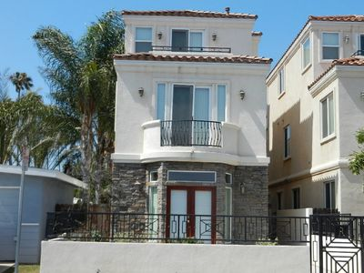 Photo for 4BR House Vacation Rental in Huntington Beach, California