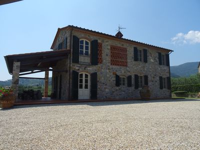 Photo for Casa Marisa - Detached villa with pool, A / C and wifi in the Tuscan countryside