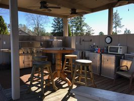 Photo for 4BR House Vacation Rental in Mauk, Georgia
