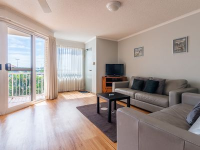 Photo for Maroochydore Beach, family friendly Unit 11 Cotton Tree Gardens