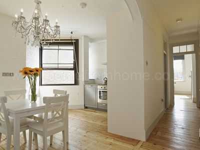 Photo for A Lovely, Charming And Cosy Apartment To Maximize Your Stay In London