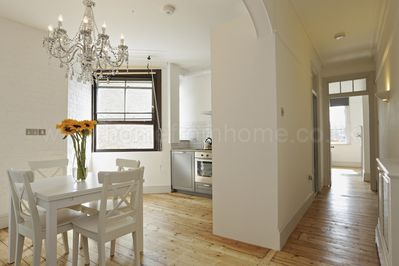 Very spacious and well proportioned period apartment.