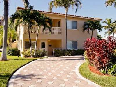 Stunning Beach House, Steps To The Ocean, Pool/8 Person Spa (VIRTUAL TOUR Pic 3)
