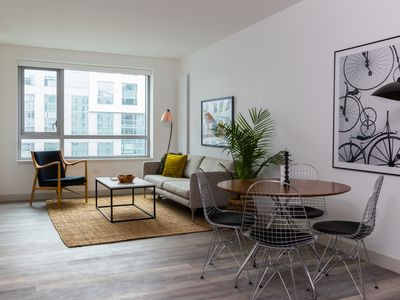 Photo for Sonder | Eighth Street | Lively 1BR + Rooftop
