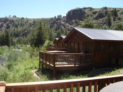 Photo for Beautiful 2 Bedroom Cabin on Taylor River with Private Hot Tub