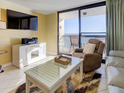 Photo for Inviting Unit, Multiple pools on-site with splash pad, Restaurant with bar, Beach-front