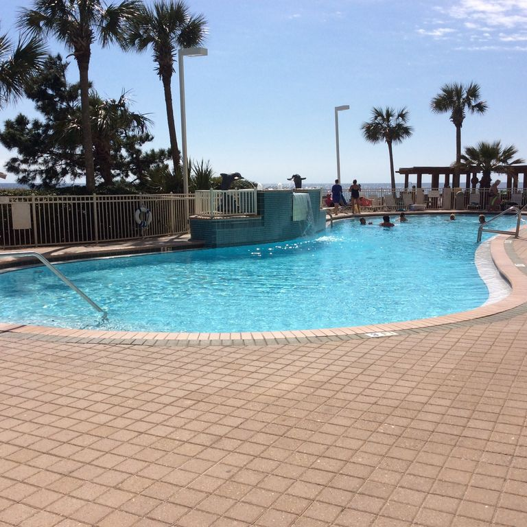Panhandle Beach House Rentals: Penthouse Views From Newly Renovated Condo At Pelican