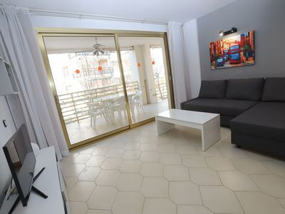 Photo for 2 bedroom apartment with capacity for 4/6 people with a communal pool just 100m from the m