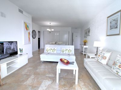 Photo for 1BR Condo Vacation Rental in Hollywood, Florida
